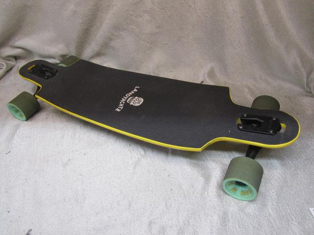 #169938-1 Landyachtz dropcat longboard mint condition