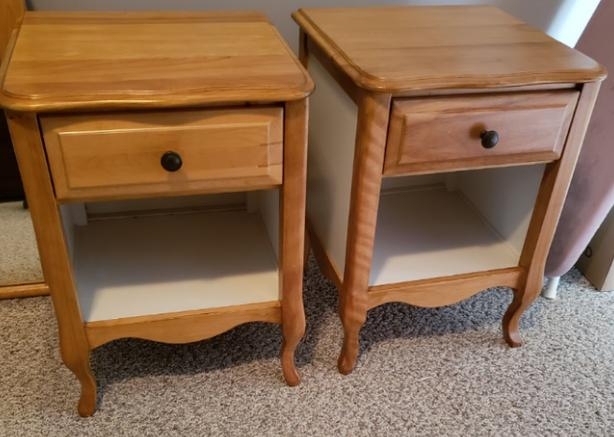 Solid Maple Night Stands