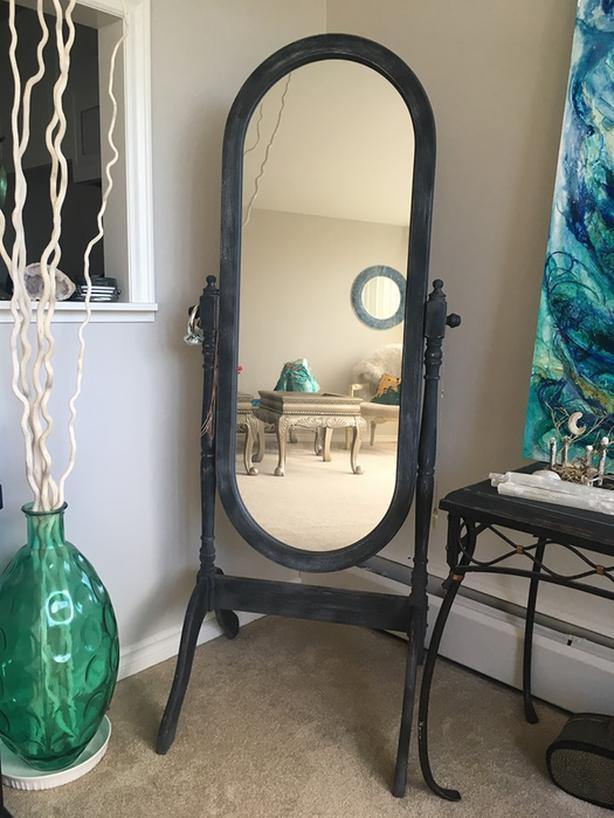 Full length adjustable mirror