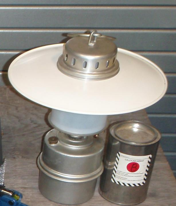 Carbide acetylene Lamp