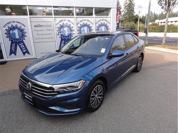 2019 Volkswagen Jetta HIGHLINE heated seats, sunroof, bluetooth