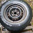 Snow tires P205/75R14 & Rims  96-2000 Caravan