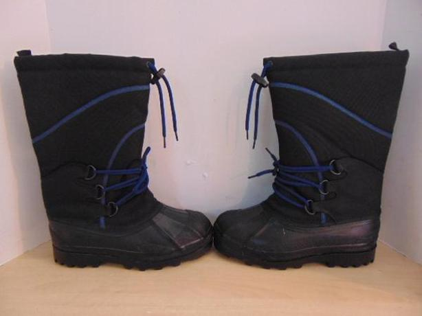 Winter Boots Men's Size 8 Black and Blue With Liner New Demo Model