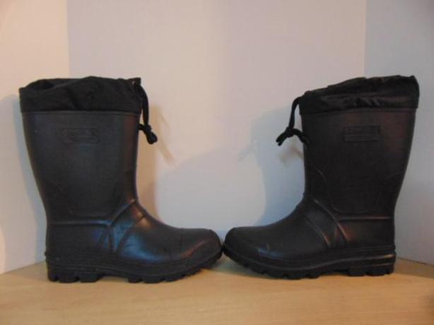 Winter Boots Men's Size 9 Kamik With Liner Black Rubber New Demo Model