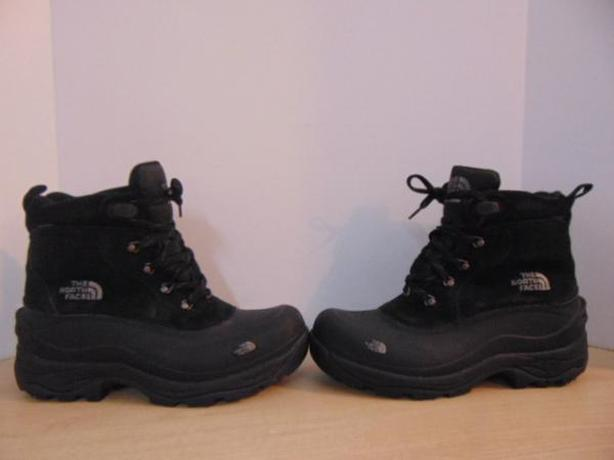 Winter Boots Men's Size 9.5 The North Face Black Leather Suade Fantastic Quality