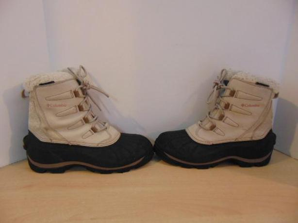 Winter Boots Ladies Size 11 Columbia Waterproof Leather Suade Minor Marks