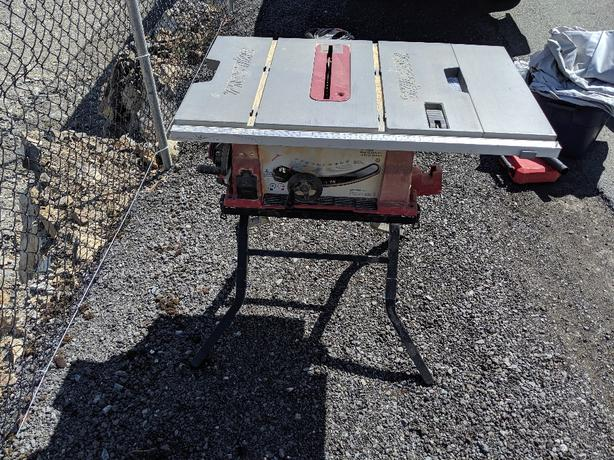 Skil Table Saw w/ Stand