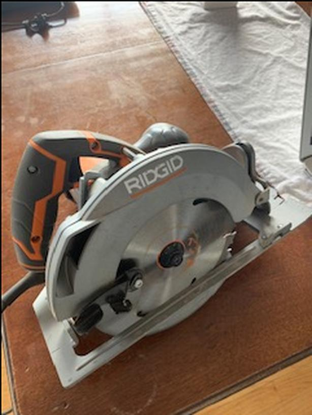 RIGID 15 Amp Corded 7-1/4 Inch Circular Saw