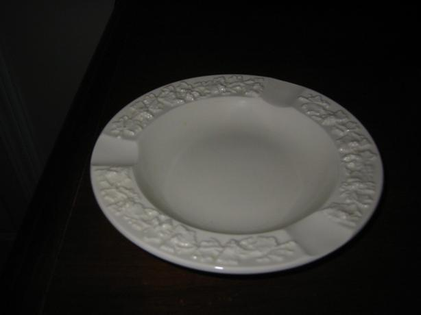"GENUINE ""WEDGWOOD MADE IN ENGLAND"" PORCELAIN ASH TRAY"
