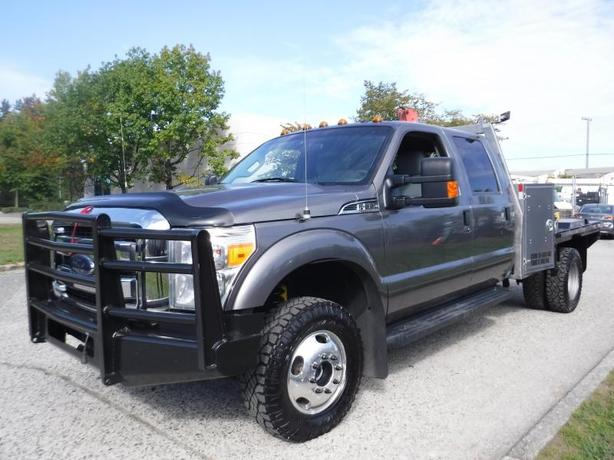 2013 Ford F-350 SD Crew Cab Long Bed Dually 4WD 9 Foot Flat Deck with Crane