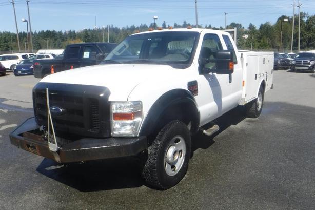 2009 Ford F-350 SD XL Super Cab Service Truck 4WD Diesel