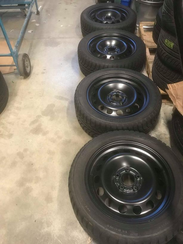 225/50R17 Winter Tires/Wheels.