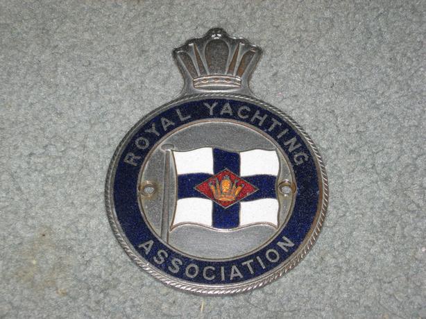 Vintage Royal Yachting Association RYA Auto Club Badge emblem