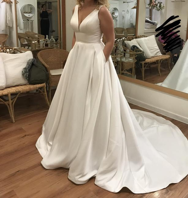 2019 Stella York wedding dress, size 12