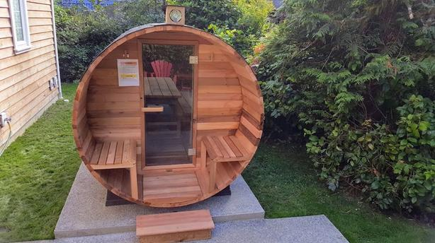 Cedar Barrel Steam Sauna - Electric