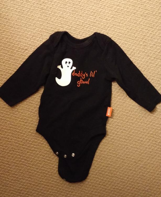 "Cute onesie ""Daddy's lil' ghoul"" 3-6 months"