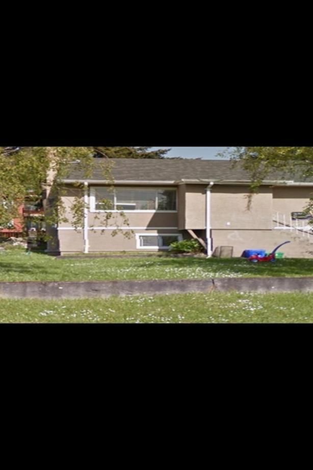 1 Bedroom  Near Uvic / Quadra/ Mckenzie