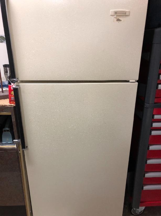 FREE: working fridge