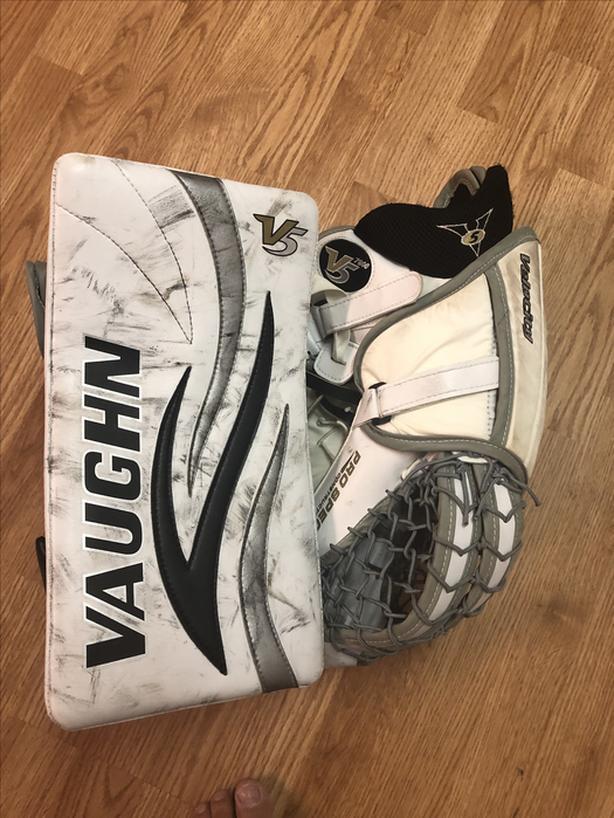 Vaughn V5 Pro Spec 7800 gloves