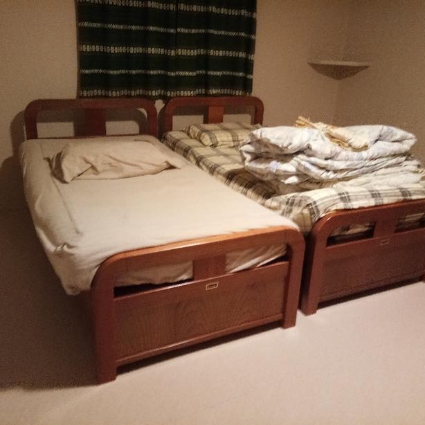 FREE: Single bed