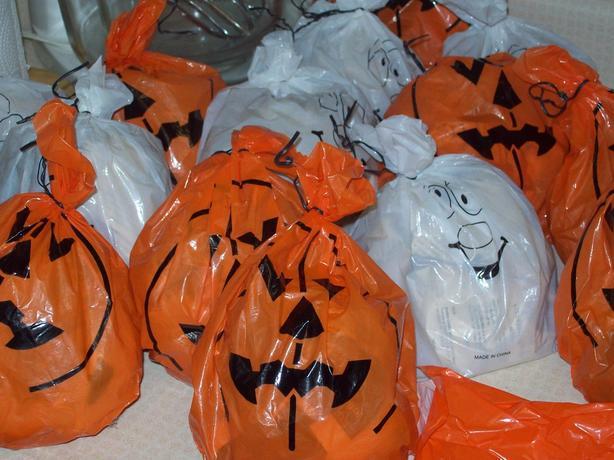 Halloween Leaf Bags