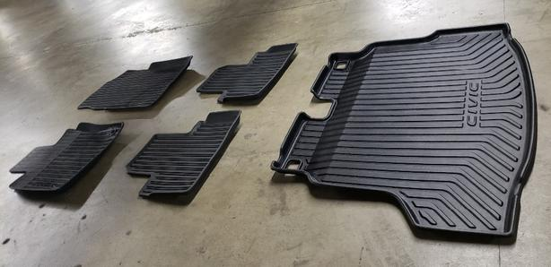 Reduced Honda Civic Rubber Floor Mats Full Set From 2018 Hatch