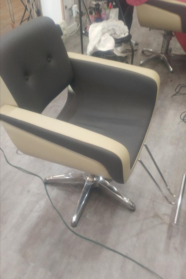 Hair Salon Chair For Rent