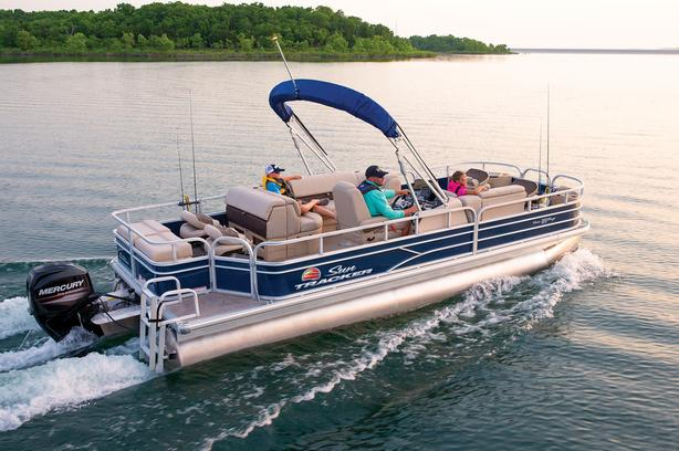 2019 SunTracker Fishin' Barge 22 DLX w/Mercury 115 ProXS Command Thrust