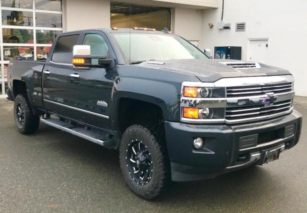 2017 Silverado High Country 3500HD Duramax Crew Cab Needs to Find New Roads!!!