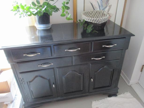 FREE: Sideboard table