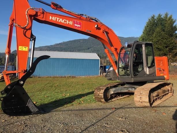 Hitachi ZX225-3 Excavator
