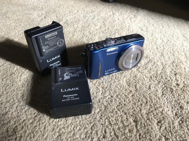 Panasonic Lumix DCM - ZS10 digital camera