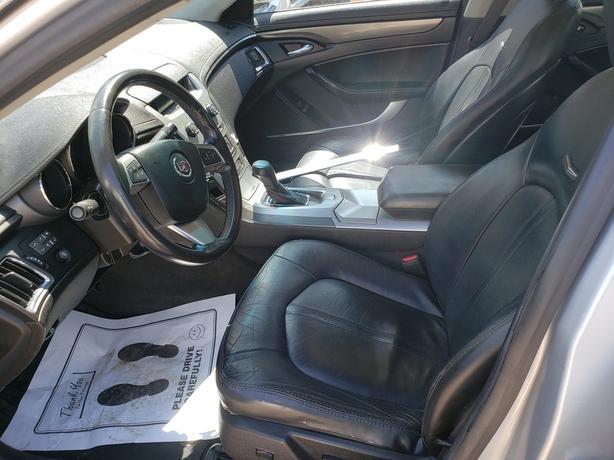 2009 Cadillac CTS, 3.6L, 118,000 KM, $9,490