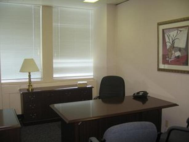Office for Rent - 1155 Rene Levesque Boulevard West, Montreal, H3B