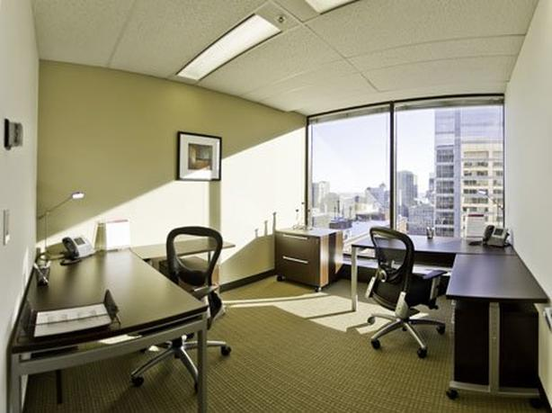 Office for Rent - 2001 University Street, Montreal, H3A
