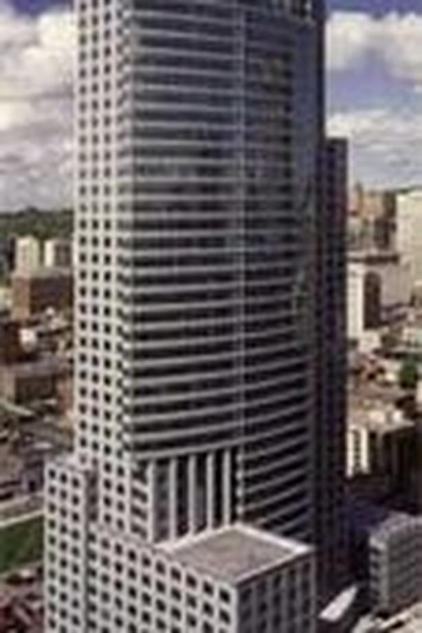 Office for Rent - 1250 Rene Levesque Boulevard West, Montreal, H3B