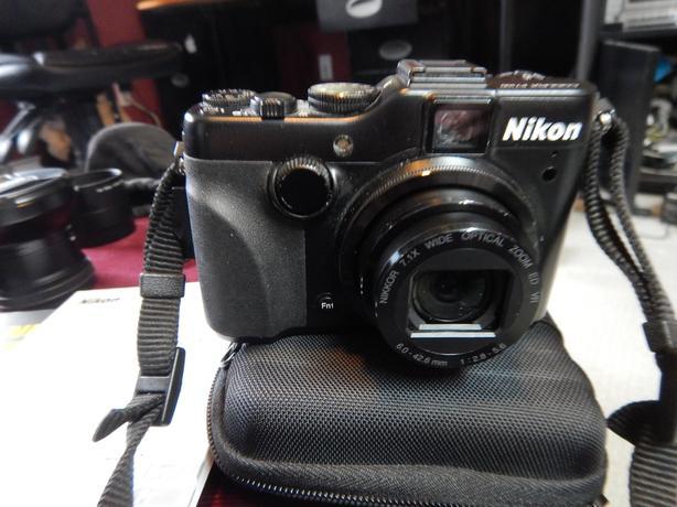 Nikon P7100 Bundle