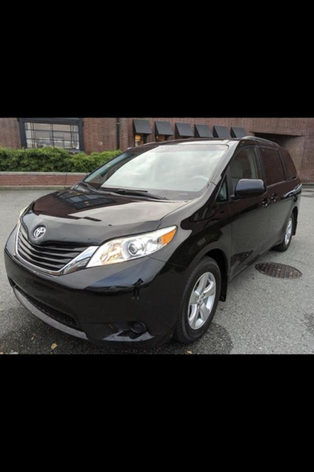 2013 toyota sienna seat covers