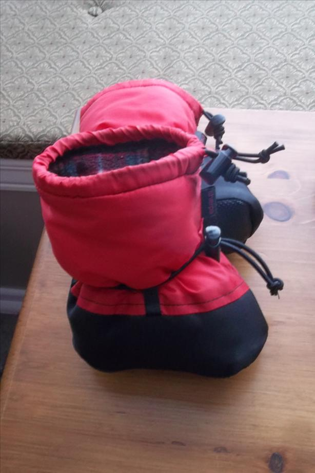 Sherpa for baby made in Quebec size 6 months asking $10.00