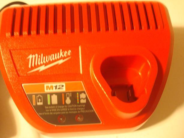 New 12V Milwaukee Battery Charger