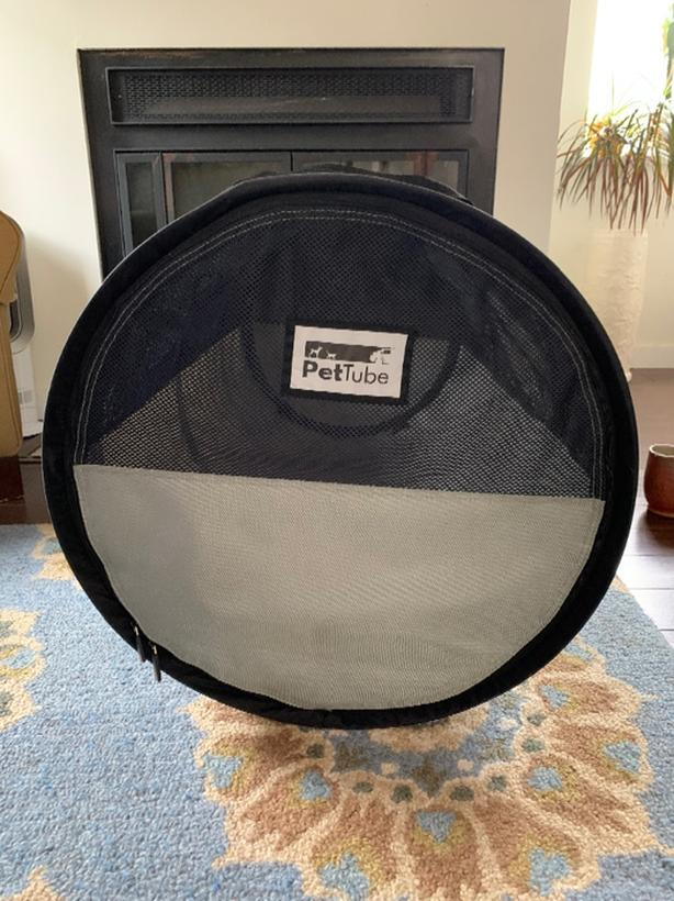 Pet Tube car crate for pets