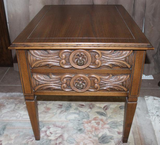 Lane End Table by Knechtel furniture
