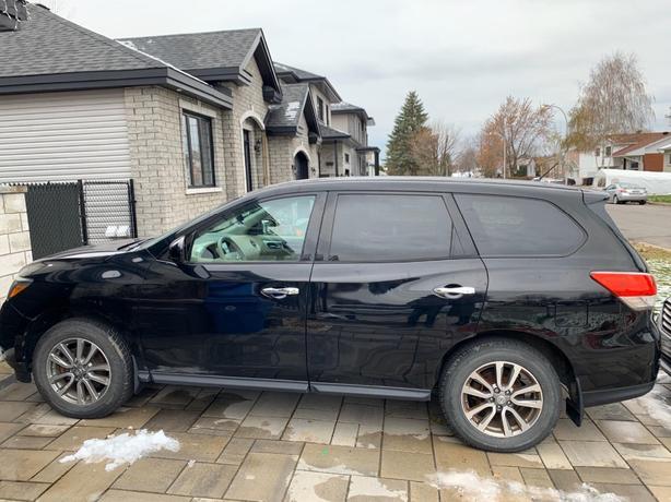Nissan 2013 Pathfinder SUV