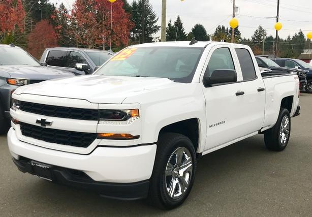 2019 SILVERADO 1500 Double Cab 4X4 is Priced to Sell!!!