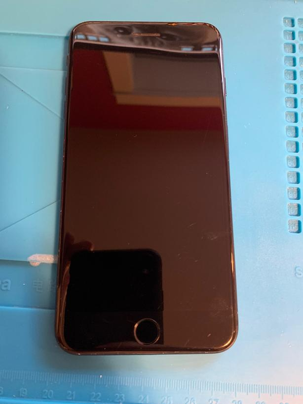 iPHONE 7 PLUS 128 GIGS