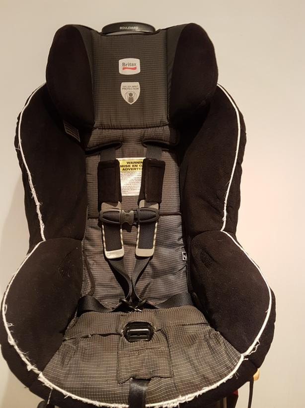 Britax Boulevard Car Seat - manufacturered October 2014