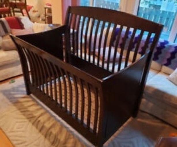 Shutter 3-in-1 Crib / Double Bed Frame