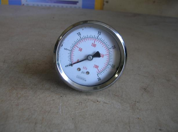 Noshok Air Pressure Gauge, 0 to 30 PSI (0 to 200 kPa)   (329 4611)