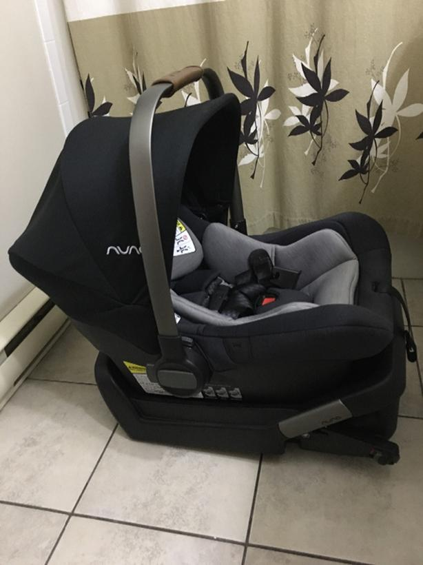 Nuna Pipa Lite Infant Car Seat With Base - Caviar