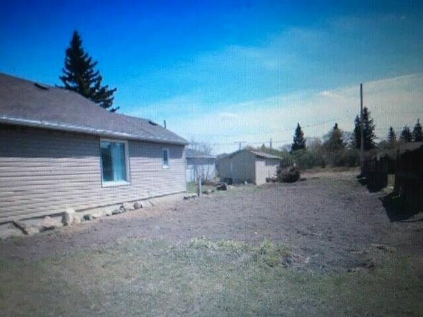 Quiet, nice area Lot for sale , 4315 3rd ave.north-$64,900